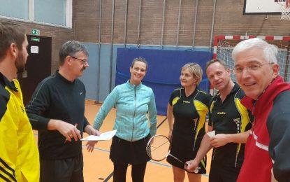 """Badminton: Die """"Zweite"""" verliert knapp gegen Blau Gold"""