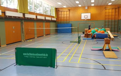Badminton: Schnupperkurs beim Schulfest im Lindenberg